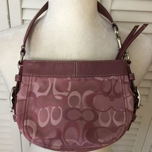 """Authentic Coach """"Zoe"""" Small Pink Clutch Bag"""